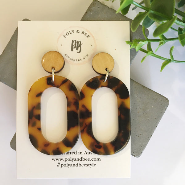 Acrylic Oval Statement Earring (w) ((PRE ORDER))