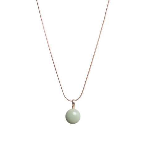 Basic necklace in greentea
