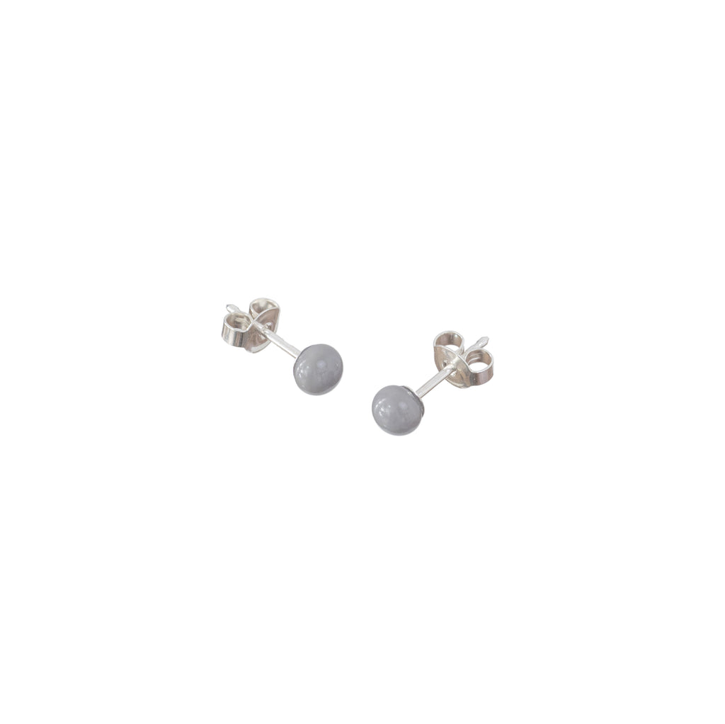 Pin earrings in elephant grey