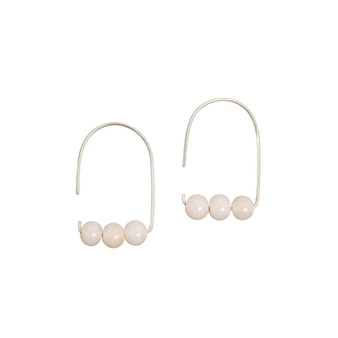 Maya earrings in peach