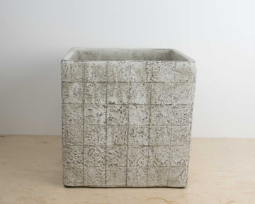 Afrika Taupe Square Pot