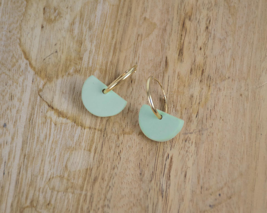 Small hoop Earrings in Pistachio