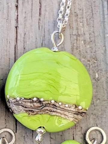 Opaque Lentil Necklace - Lime