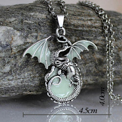 Game of Thrones Glow in the Dark Dragon Necklace - 3 Colours