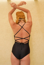 DIANA One Piece - BLACK