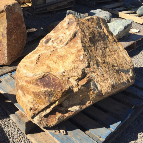 Boulders-Granite Deco Gold