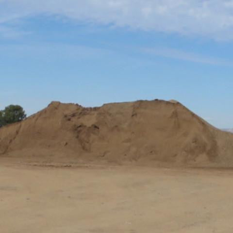 Topsoil Screened- GRADE A