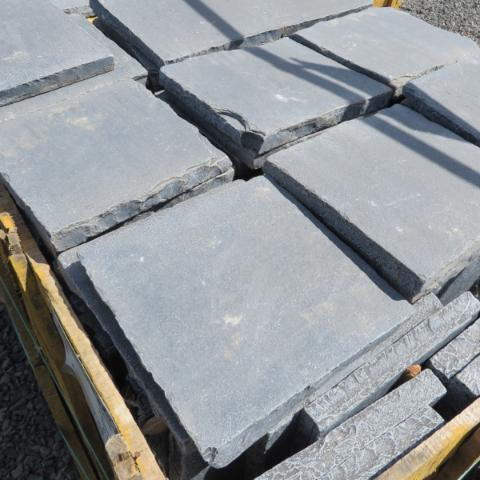 Paver-Antique Black Full Pallet Discount Pricing