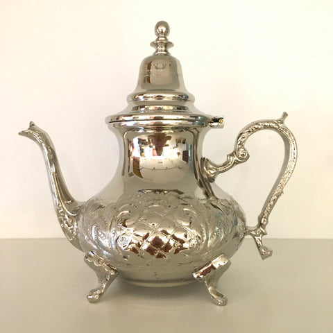 Traditional Teapot - Medium
