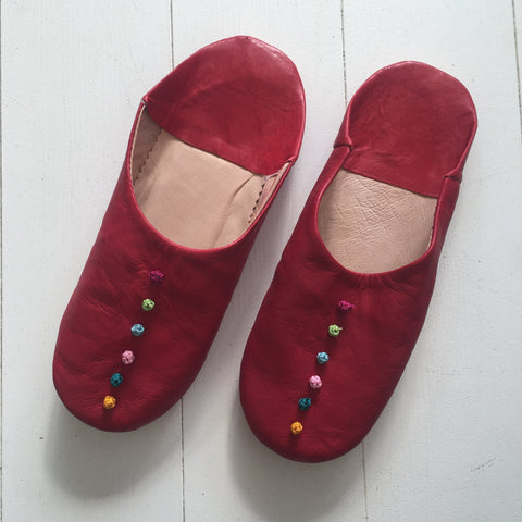 Pompom Slippers - Berry Red