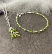 Load image into Gallery viewer, Dainty August birthstone jewellery set, Peridot bracelet and necklace set
