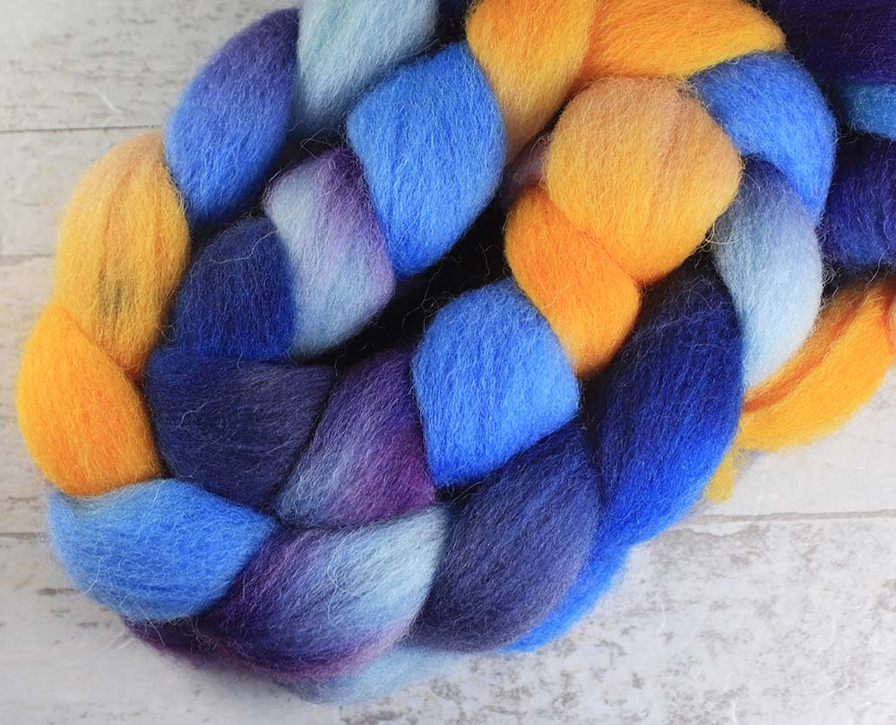 ALL THE WORLDS OCEANS: Kent Romney roving - 4.0 oz - Hand dyed spinning wool