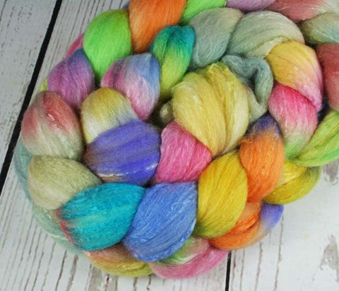 WINTER AT BRYCE CANYON: Polwarth Merino Bright Nylon roving - 4.0 oz - Hand dyed Spinning wool