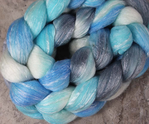 A ROOM WITH A VIEW: Polwarth Seacell roving - 4.0 oz - Hand dyed spinning wool