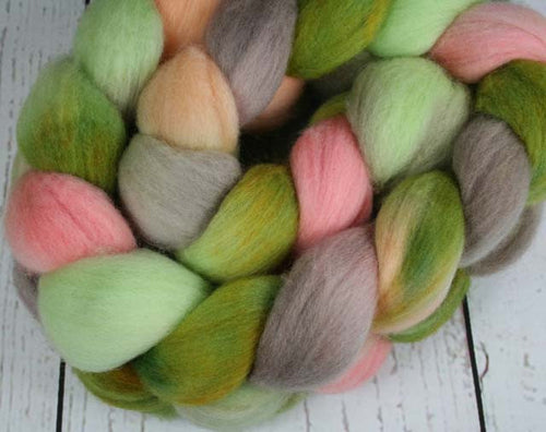 AVOCADO CHEESECAKE: Rambouillet Wool Top - 4 oz - Hand dyed wool - Indie dyed wool - Hand dyed top roving - Food inspired wool