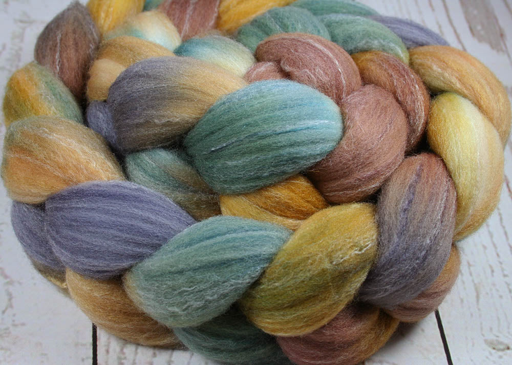 BIG ISLAND VOLCANO: Targhee Bamboo Silk Wool Top - 4 oz - Hand dyed spinning wool