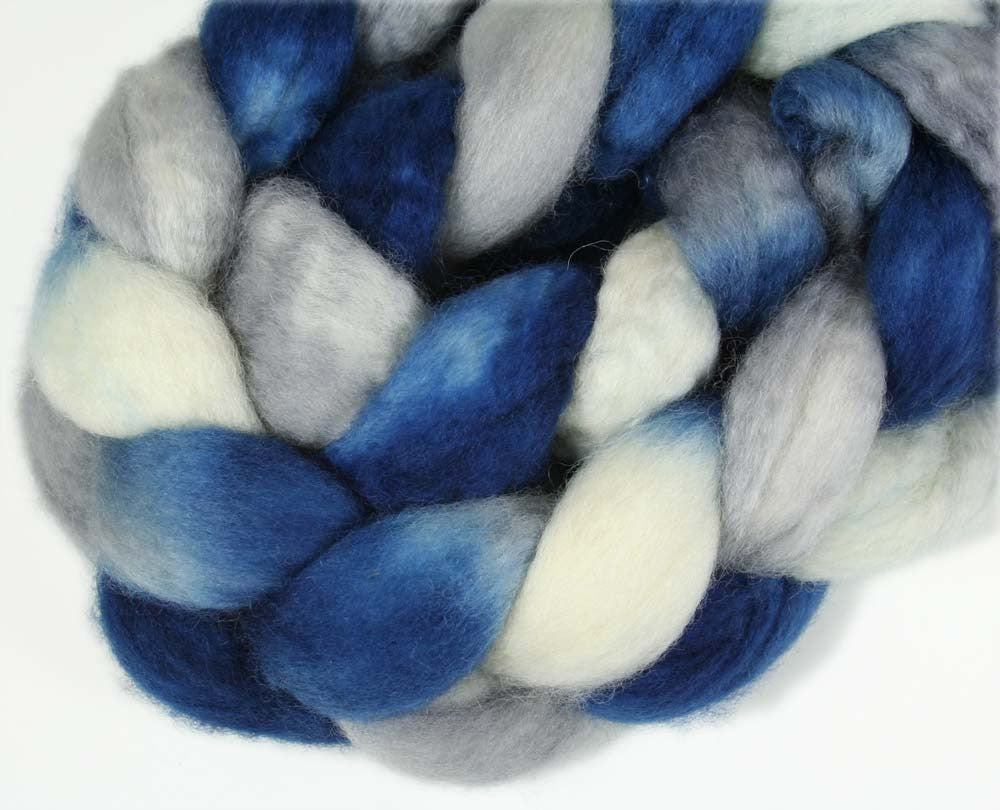 BLUE/GRAY/WHITE: Superwash Bluefaced Leicester BFL wool roving - 3.75 oz - Hand dyed wool roving - Football colors - Sports team wool roving - DALLAS, CONNECTICUT