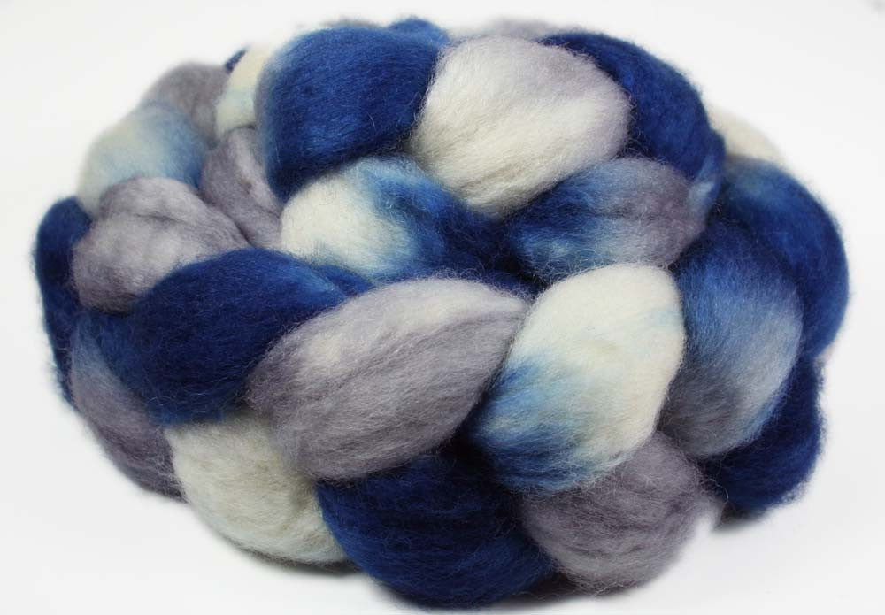 BLUE-GRAY-WHITE: SW Bluefaced Leicester wool roving - Hand dyed Sports team - DALLAS, CONNECTICUT