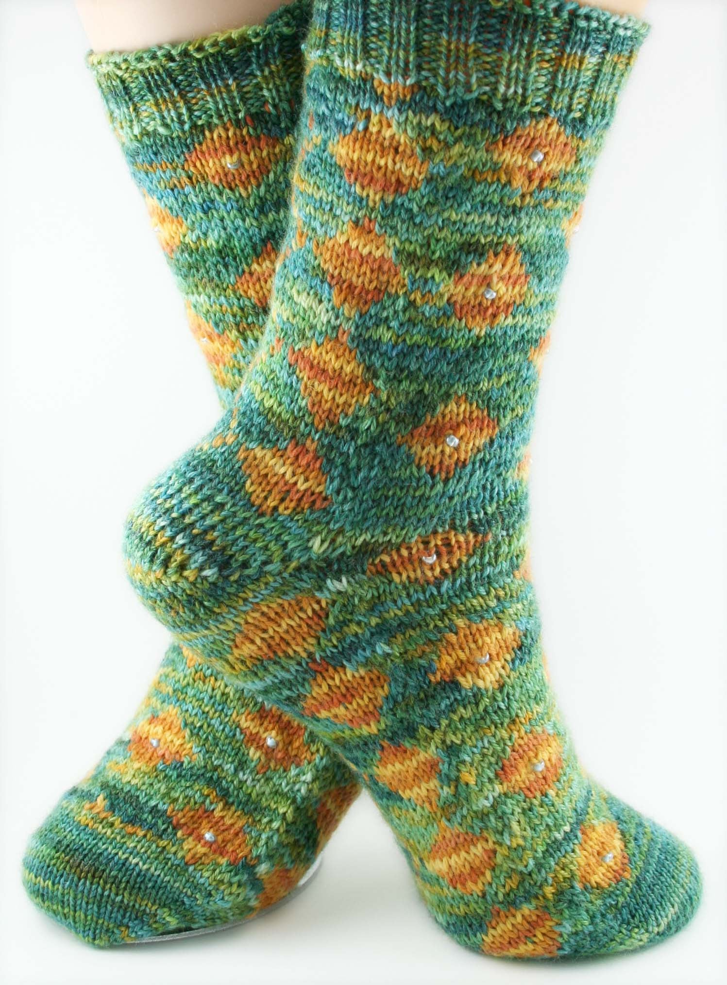 KNITTING PATTERN for Desiree Diamond Socks - Charted Sock pattern - digital download - Colorwork Stranded knitting