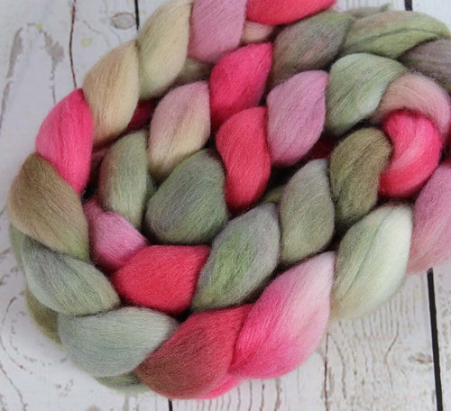 ELEGANT PANEL: Polwarth Silk roving - 4.0 oz - Hand dyed spinning wool - Master Collection
