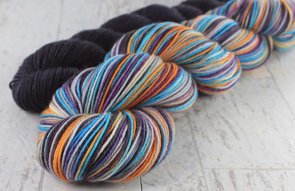 FIORIBUNDA Sock Set: SW Merino-Nylon - Hand dyed Variegated sock yarn + Solid yarn - 110 grams