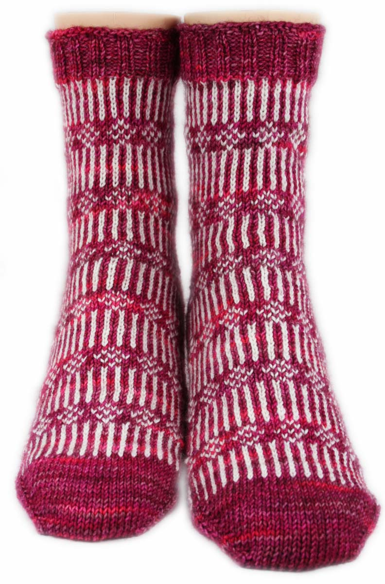 FLOWERS ON A FENCE SOCKS: SW Merino-Fine Highland Wool-Nylon - Wide width - Handmade Handknit - Pink white