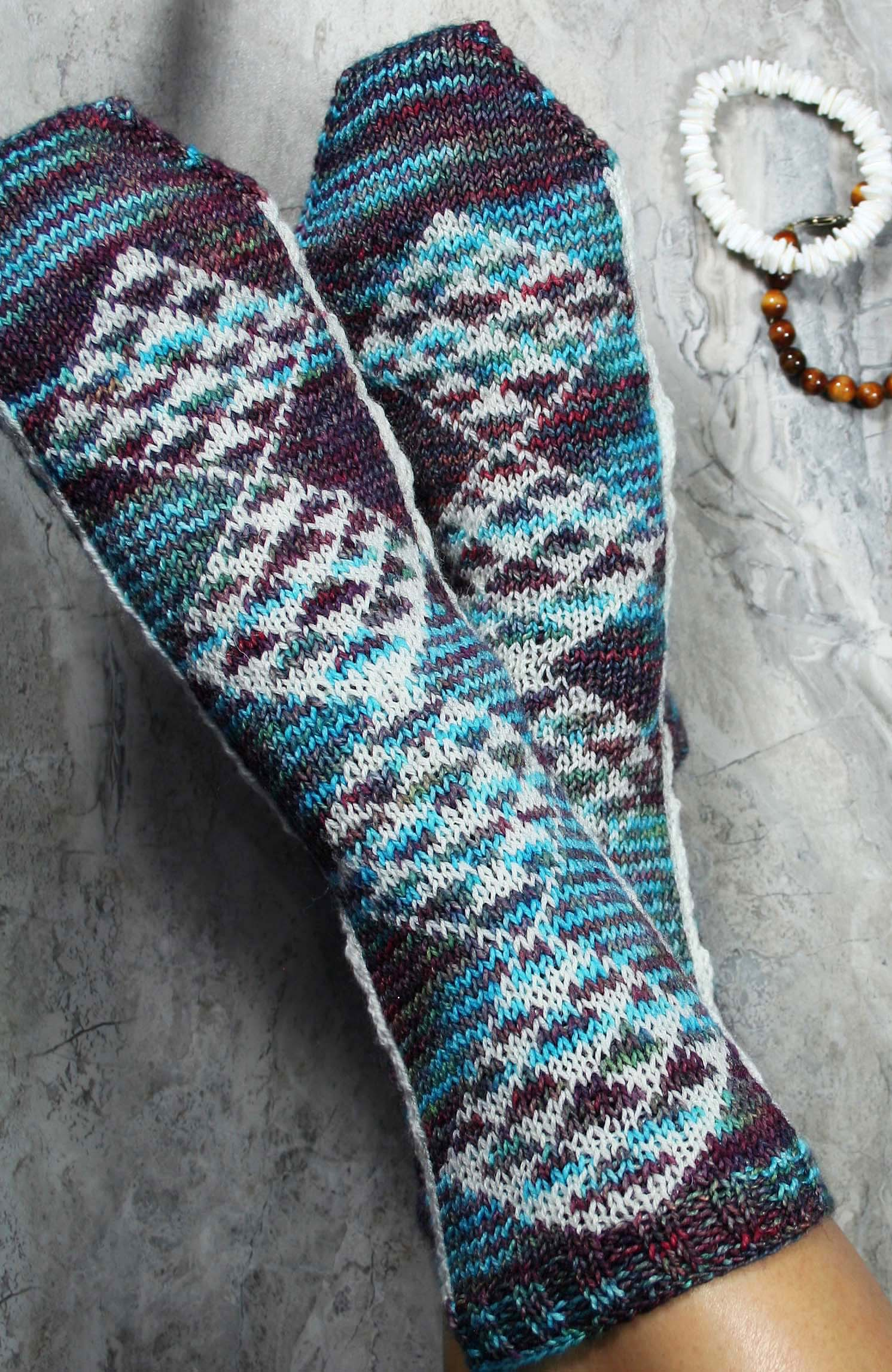 KNITTING PATTERN for Hawaiian Kapa Socks -  Charted Colorwork Sock pattern - digital download