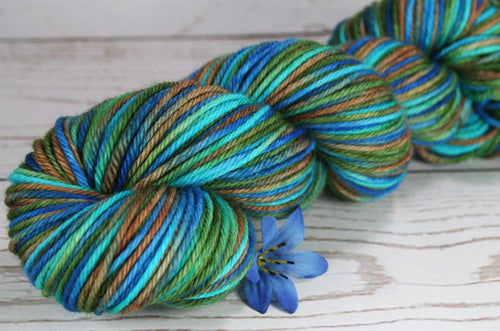 LANIKAI VIEW PART 2: SW Merino - Hand dyed Variegated worsted yarn - Hawaii