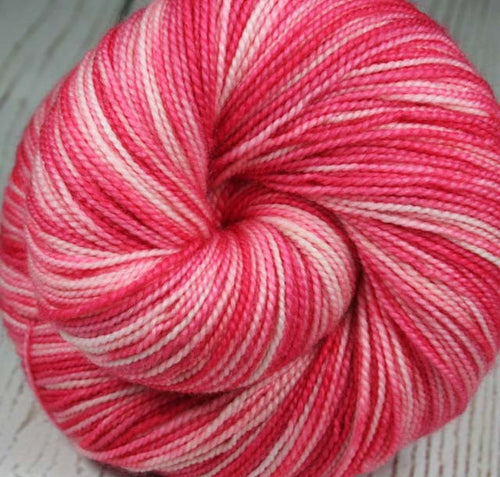 LAVA FLOW: 600 yds Superwash Merino - Cashmere - Nylon Fingering Weight Yarn - Hand dyed Yarn - Indie dyed variegated yarn - Tropical pink yarn - Tropical drink yarn