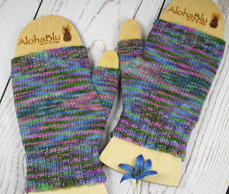 MONET'S HOUSE MITTS - Hand dyed fingerless mitts / gloves - Medium size - Handmade Mitts