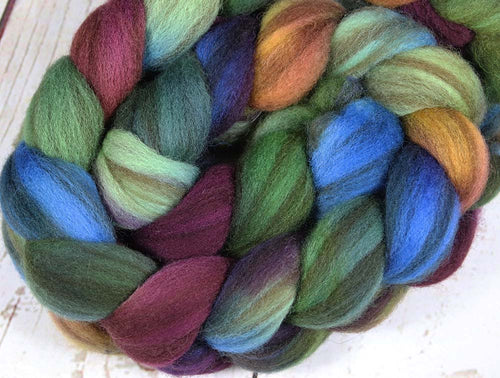 MOODY RAINBOW: Striped Shetland roving - 4.0 oz - Hand dyed spinning wool