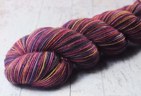 PASTEL SUNSET: SW Merino-Nylon-Stellina Single knit sock blank - Hand dyed Gradient yarn