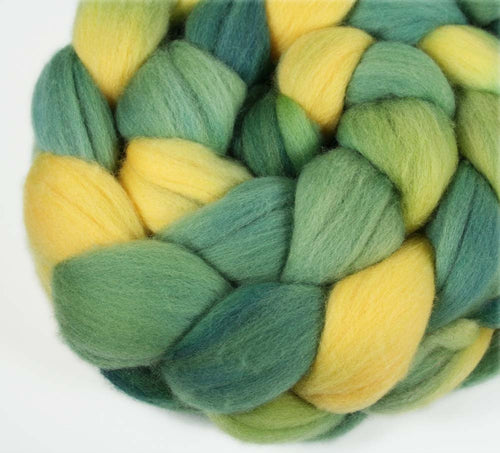 GREEN/GOLD: Merino wool roving - Hand dyed wool roving - Indie dyed roving - Team colors wool - Sports team colors - GREEN BAY, OAKLAND, SEATTLE
