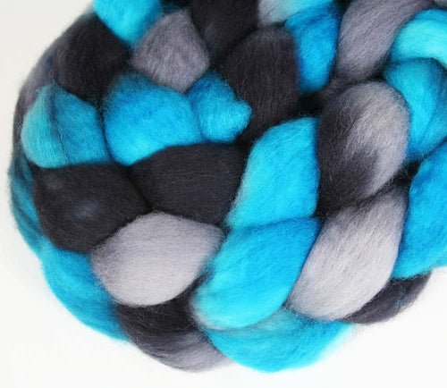 BLUE/BLACK/GRAY: Superwash Bluefaced Leicester BFL wool roving - 4.25 oz - Hand dyed wool roving - Football team - Sports Team colors - CAROLINA