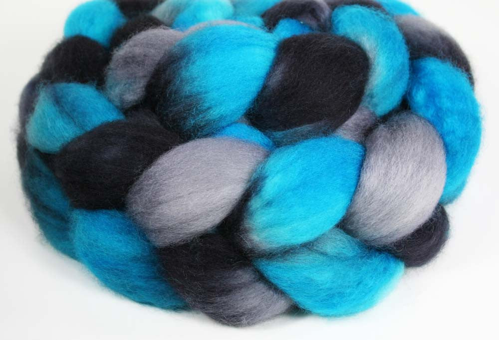 BLUE-BLACK-GRAY: SW Bluefaced Leicester BFL wool roving - Hand dyed Sports Team colors - CAROLINA