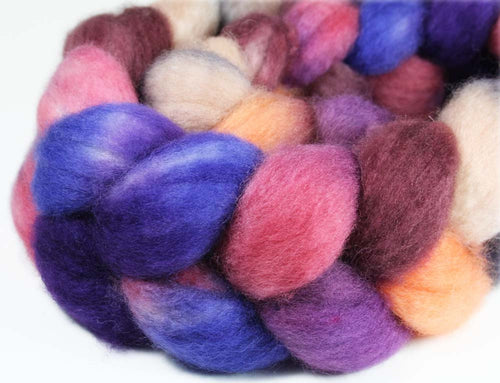 PARISIAN SUNSET: Superwash Bluefaced Leicester BFL roving - 4.0 oz - Hand dyed Paris Sunset wool