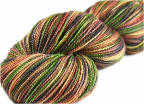 PICCOLO: Superwash Merino Wool-Nylon Sock yarn - Hand dyed - Variegated sock yarn - Tight twist