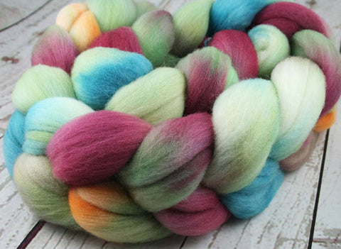 ROSE WINDOW: Bluefaced Leicester / Sparkle Nylon - 4.0 oz - Hand dyed spinning wool - roving