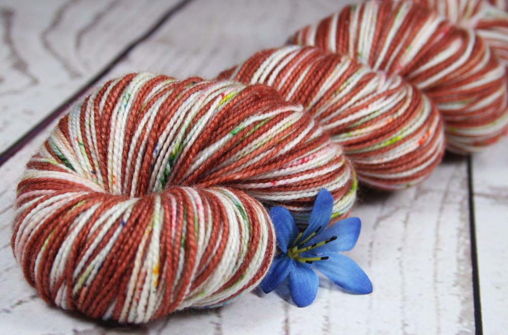 ROSE GARDEN: Superwash Merino Wool-Nylon-Stellina - Self-Striping sock yarn - Hand dyed sock yarn