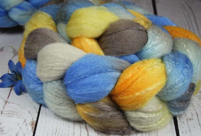 SAN CLEMENTE SUNSET: Rambouillet-Silk Wool Top - 4 oz - Hand dyed spinning wool - California sunset