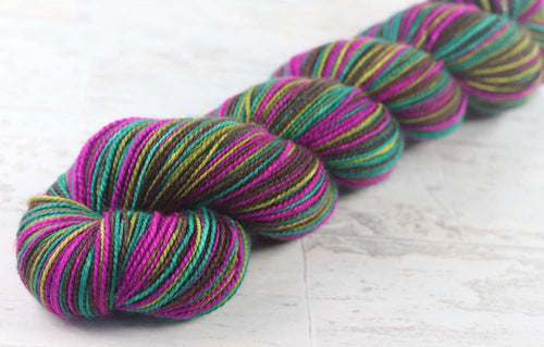 SATURATED SPRING: SW Merino/Nylon - Self-stripe - Hand dyed sock yarn - tight twist