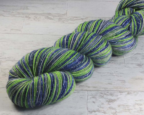 HAPPY HAWAII: Superwash Rambouillet - OOAK Hand dyed, Variegated Worsted Weight Yarn