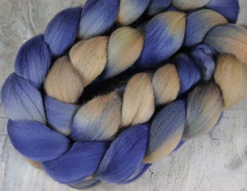 SUNSET SEA ALASKA: Organic Polwarth roving - 4.0 oz - Hand dyed Spinning wool