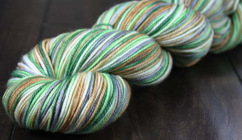 CHRYSOCOLLA: SW Merino-Nylon - Sport weight - Hand-dyed tonal yarn