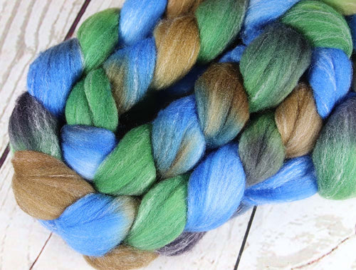 WAIMEA CANYON: Targhee Bamboo Silk Wool Top - 4 oz - Hand dyed spinning wool