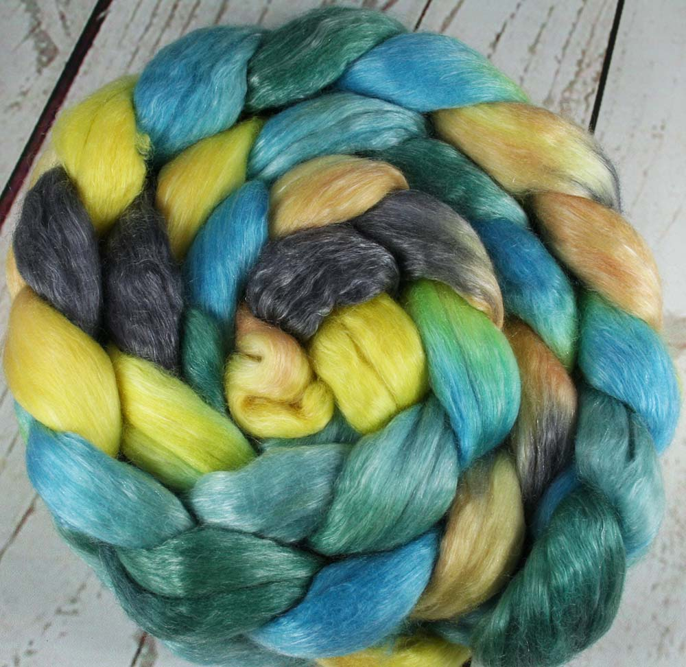WEST MAUI SUNSET: Merino-Tencel Wool Roving - Hand dyed spinning wool