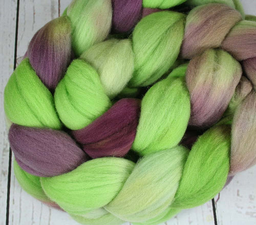 WINE ON A VINE: Rambouillet Wool Top - 4 oz - Hand dyed wool - Indie dyed wool - Hand dyed top roving - Wine grapes inspired wool