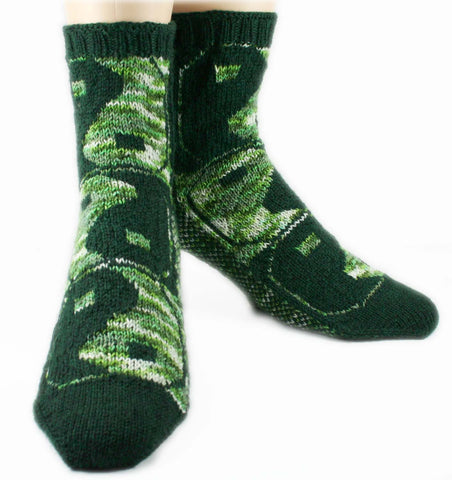 KNITTING PATTERN for Shoreline Socks -  Charted Colorwork Sock pattern - digital download