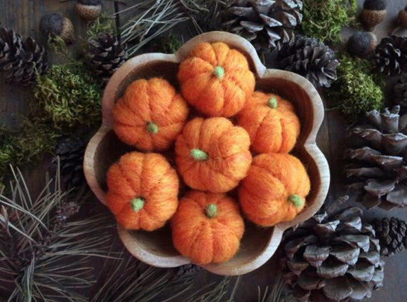 Mini Felt Pumpkins
