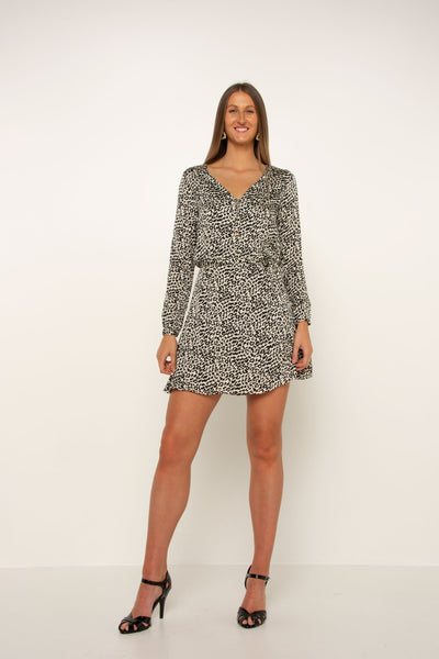 long-black-and-white-leopard-work-dress-long-sleeve-silk-material-tall-girl-frill-style-skirt-bottom-relaxed-fit